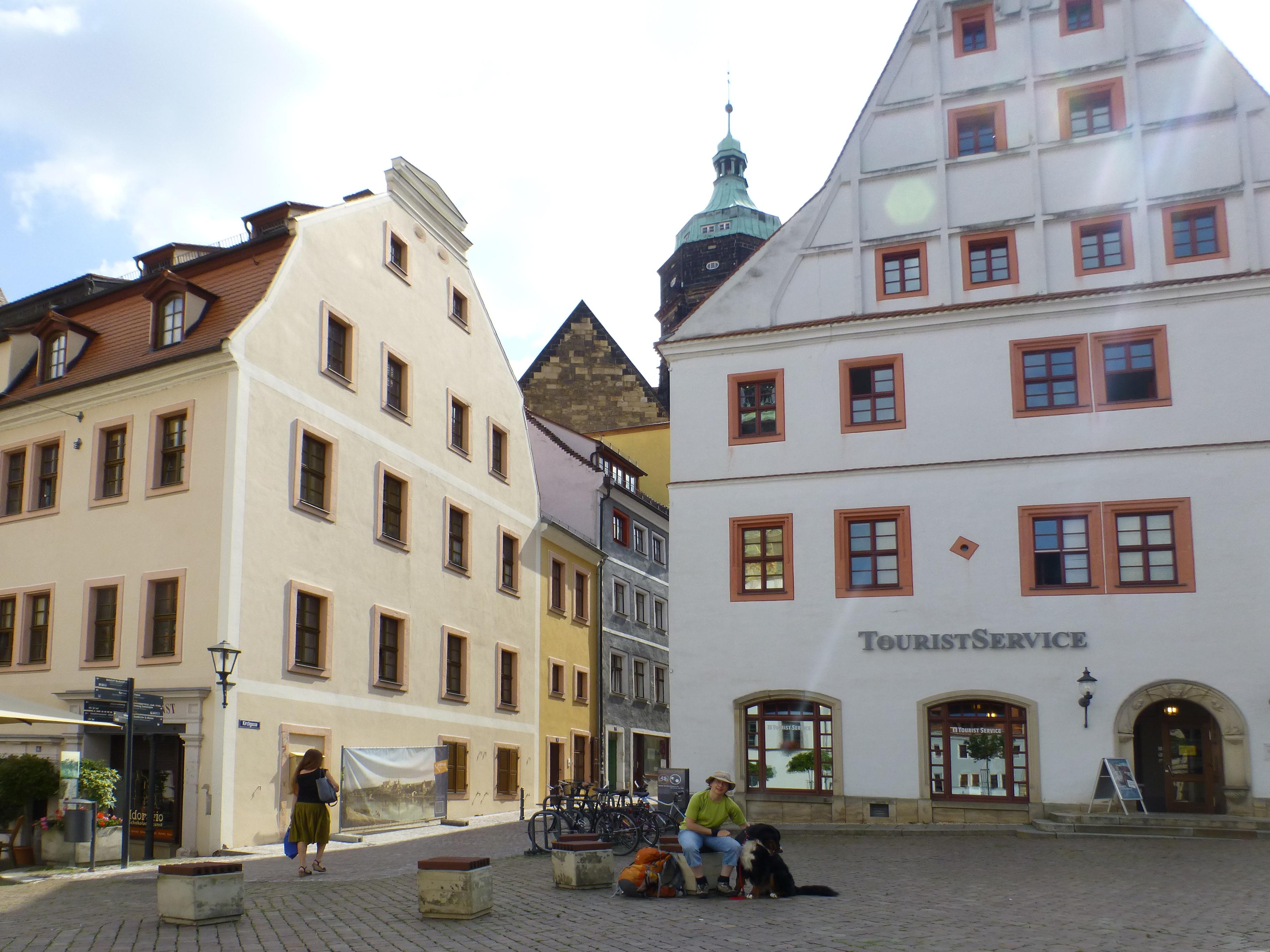 Start am Canalettohaus in Pirna - mit Hund auf dem Malerweg durchs Elbsandsteingebirge