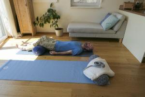 yoga@home, 2020, Petra Zink Outdoor-Yoga für Kletterer