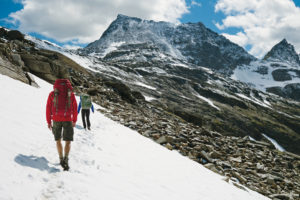 Ob im Firn, auf Gletschern oder gemütlich auf Bergwanderpfaden - mit dem optimalen Rucksack auf Bergtour macht Wandern richtig Spaß!