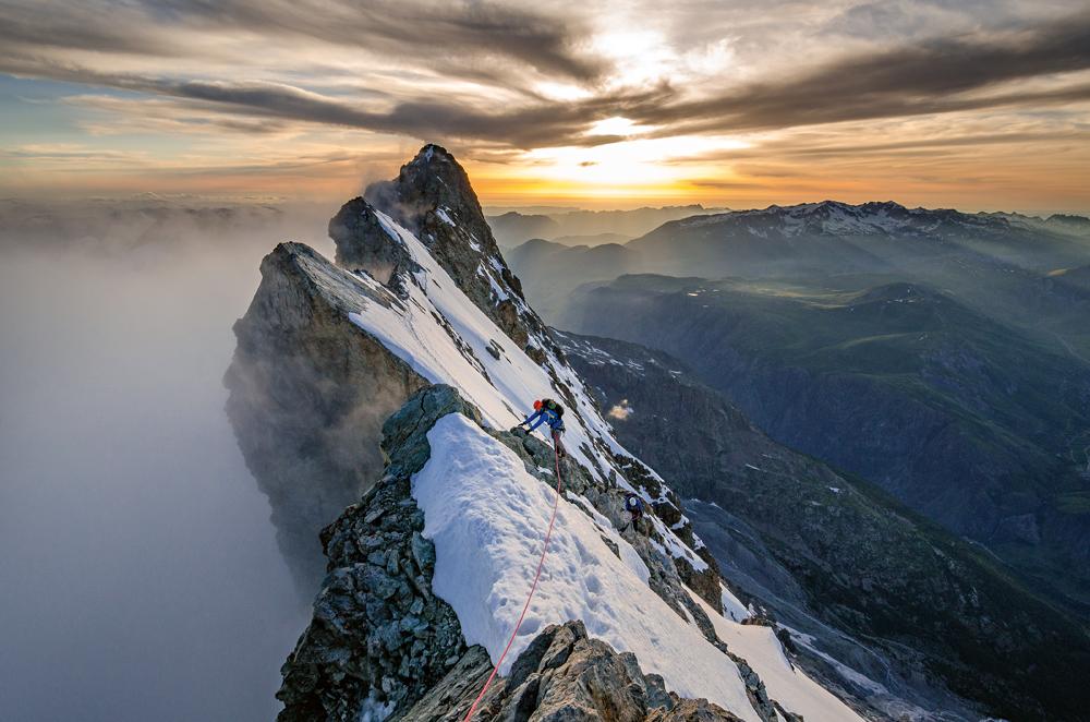 Luftige Gratkletterei. Eine Hochtour an der La Meije in den Dauphiné-Alpen. Foto von Ralf Gantzhorn